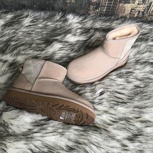 b030806c792 ✨New Women's UGG Classic Mini II Boot in Ceramic